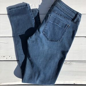 ELLE skinny straight stretch blue jeans 6